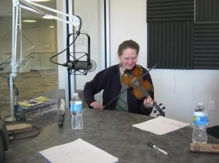 Lausanne w fiddle 1