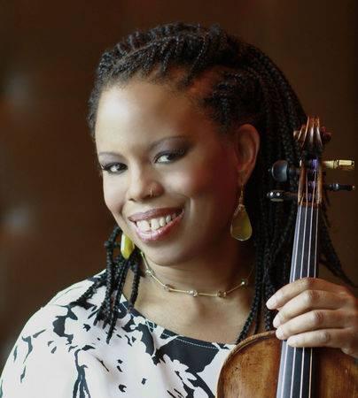 Regina Carter  w violin