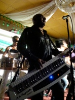 Lazarito bamboleo w Kbds