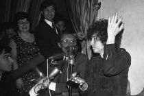 bob-dylan-news-conference-in-paris-1966