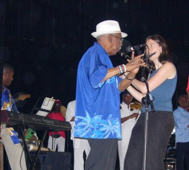 melquiades-fundora-w-sue-miller-at-soc-artistica-gallega-in-havana