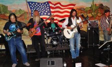 julio-ley-w-american-rock-band-in-nevada