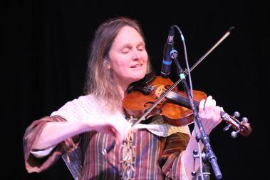 lausanne-allen-c-su-fiddle-hermosisima
