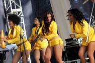 canelas-orquesta-femenina-cubana de amarillo pa ochun
