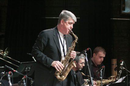 Daniel Ian Smith w sax and bandmates