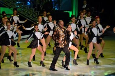 Johnny Ventura y Cuerpo de baile