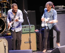 Robert Cray & bassist Richard Cousins