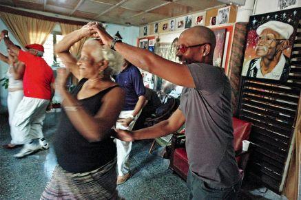 Bailadores de Sta Amalia c Noemi Suarez y pareja