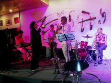 Beatriz Marquez c Michel Herrera en el Jazz Cafe