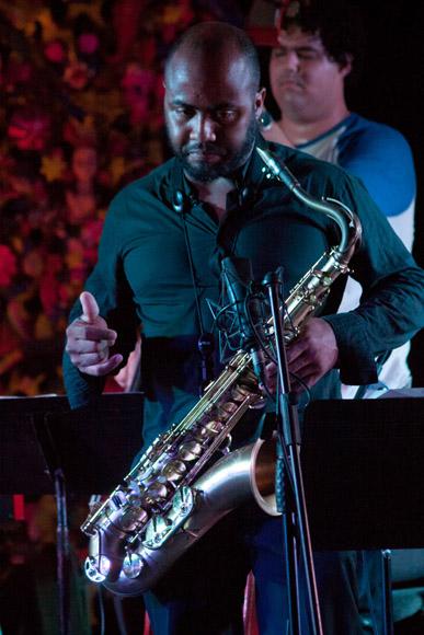 Carlos Miyares 1 nueva azul