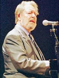 Vicente Garrido al piano