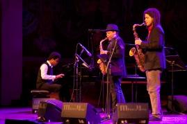 Ivan Melon Lewis con Roman Filiu y Ariel Bringues new