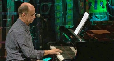 Antonio Adolfo 2 playing his piano