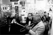 Dizzy Gillespie con Mario Bauza y ...
