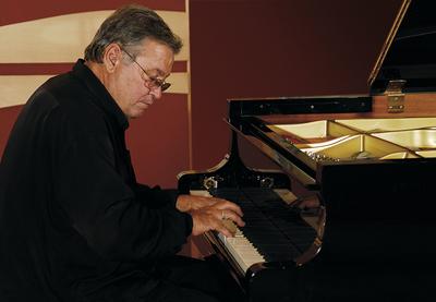 Jose Maria Vitier al piano 2