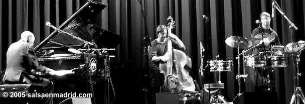 Bebo Valdes Trio Homenaje a Juan Pablo Torres