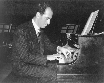 George Gershwin at the piano Rhapsody in Blue 4
