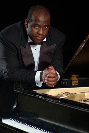 Pianist Adonis Gonzalez from Cuba domicile in Atlanta USA