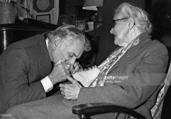 Leonard Berstein kisses his mentor Nadia Boulanger